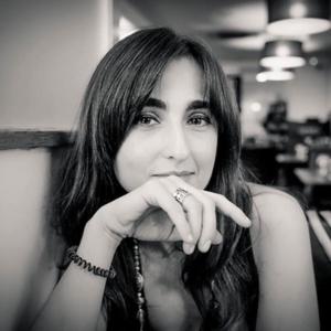Ana Cláudia Serrão violoncelista