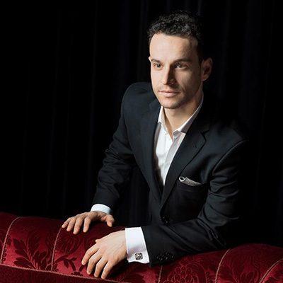 tenor Carlos Cardoso