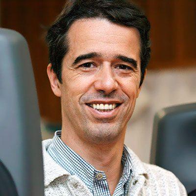 João Pedro Oliveira, composição