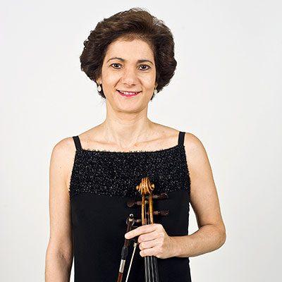 Leonor Braga Santos violeta