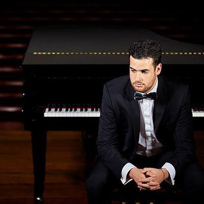 Luís Costa, piano