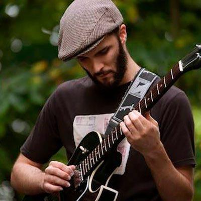 Mané Fernandes guitarra