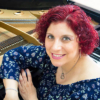 Isolda Crespi Rubio ao piano
