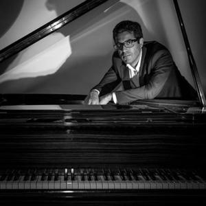 Ivo Brandão ao piano