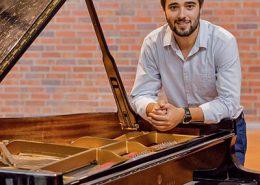 Vasco Dantas ao piano