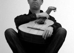 guitarrista Ricardo Cerqueira