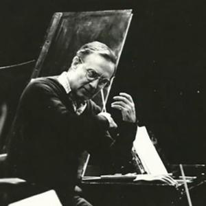 Manuel Ivo Cruz dirigindo