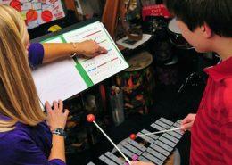 Autismo, musicalização e musicoterapia