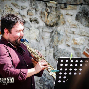 saxofonista Pedro Carvalho