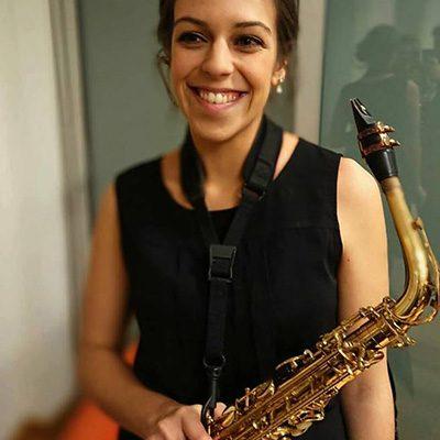saxofonista Nádia Moura