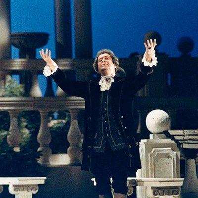 José de Freitas no papel de Begearss em La Mère Coupable