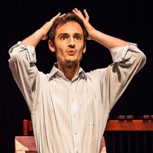 percussionista Renato Penêda, no Maas Theater en Dans, créditos Foppe Schutt