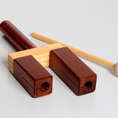 Agogô de madeira