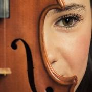 Gabriela Correia, violino