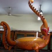 Yazh, Índia