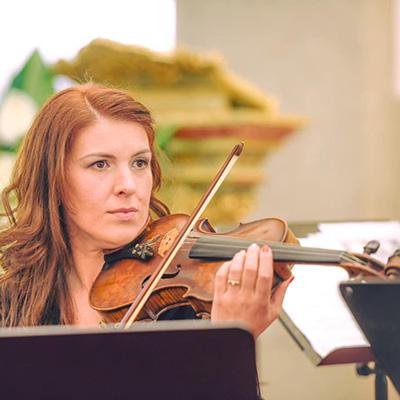 Flora Castro, violino