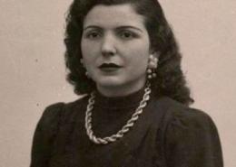 Ercília Costa, fadista natural de Almada