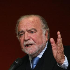Manuel Alegre, poeta natural de Águeda