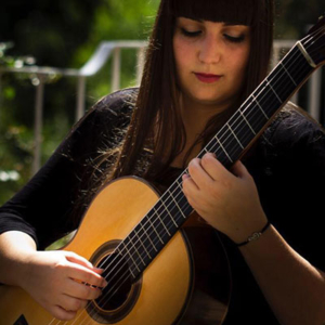 Rebeca Oliveira, guitarrista natural da Madeira