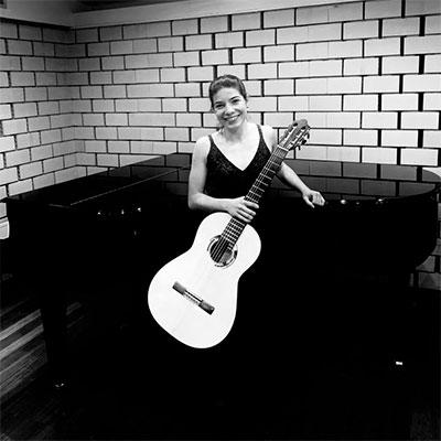 Inês Sousa, guitarrista, de Lisboa