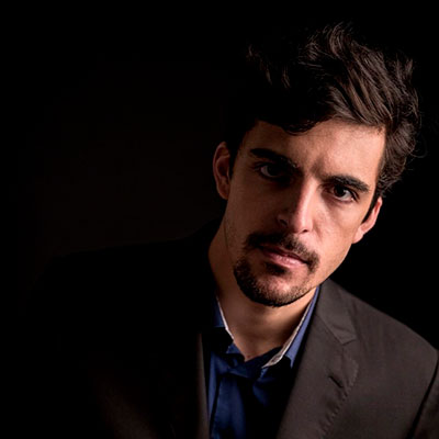 Miguel Maduro-Dias, baixo-barítono português, natural de Angra do Heroísmo, Ilha Terceira, Açores