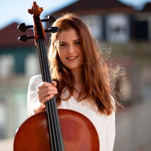 Rita Moutinho, violoncelista, do Porto