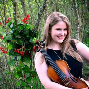 Dora Durães, violinista, de Ponte de Lima