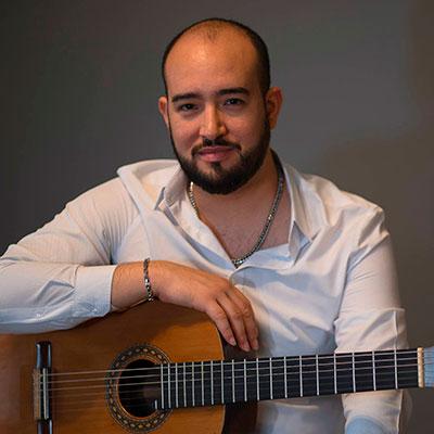 Fernando Tona, guitarrista